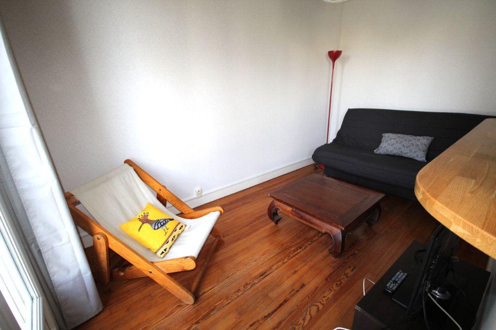 Appartement à louer 2 49.2m2 à Le Havre vignette-3