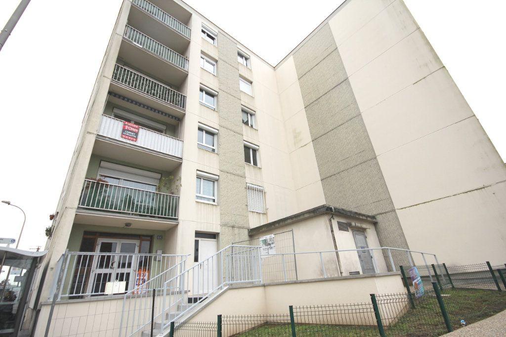 Appartement à louer 4 78.71m2 à Le Havre vignette-5