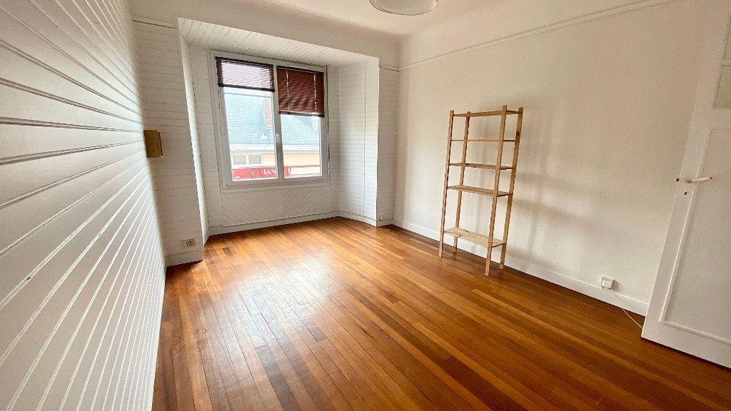 Appartement à louer 2 42.41m2 à Le Havre vignette-1