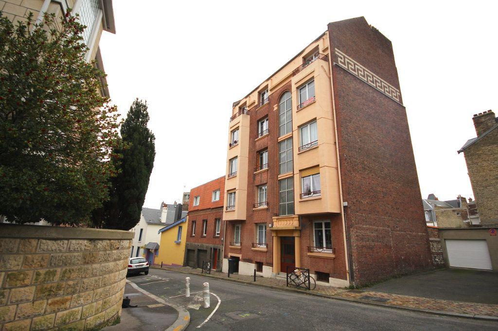 Appartement à louer 2 42.41m2 à Le Havre vignette-9