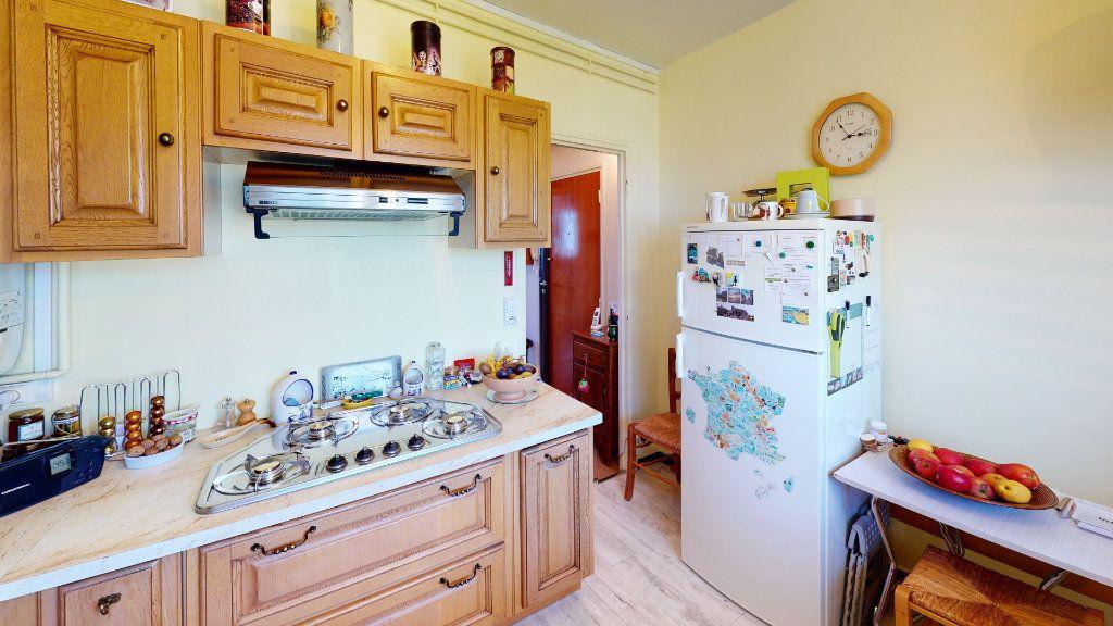 Appartement à vendre 4 78m2 à Le Havre vignette-10