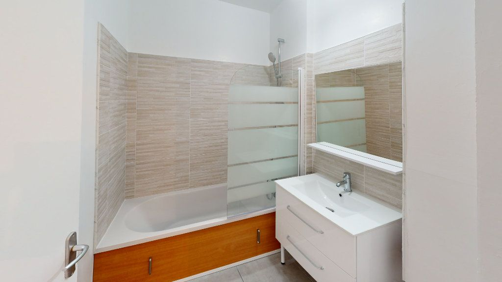 Appartement à vendre 3 60.77m2 à Le Havre vignette-2