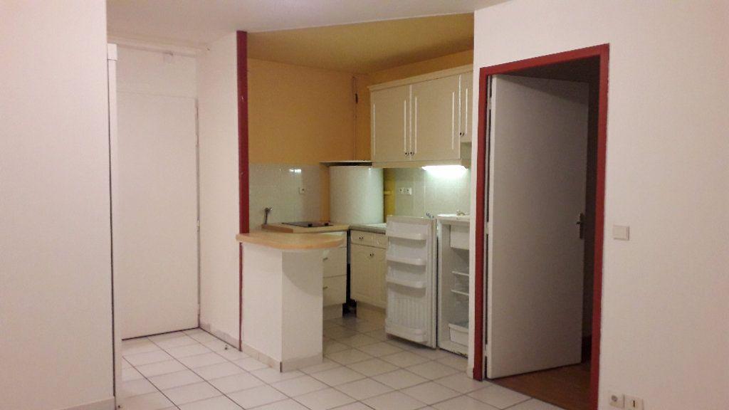 Appartement à louer 2 31.4m2 à Le Havre vignette-9