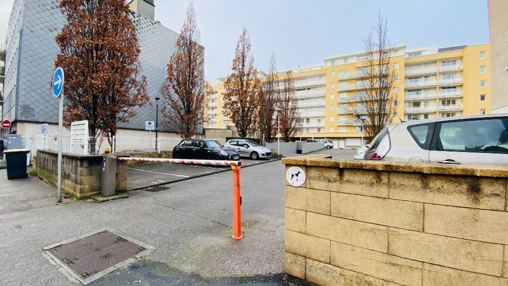 Stationnement à louer 0 0m2 à Le Havre vignette-2