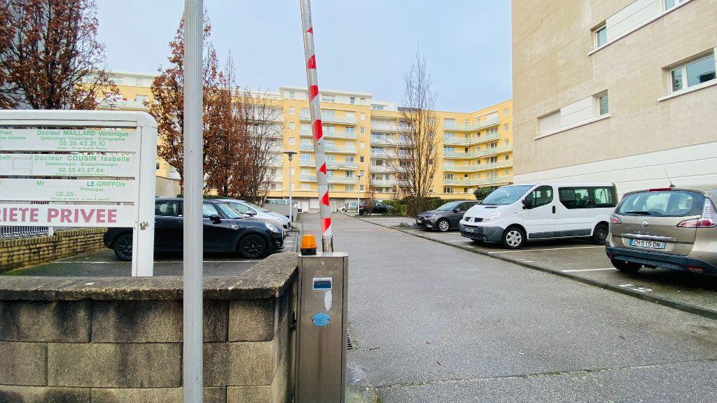 Stationnement à louer 0 0m2 à Le Havre vignette-4