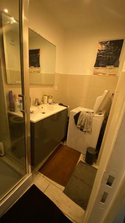 Appartement à louer 3 64.8m2 à Le Havre vignette-9