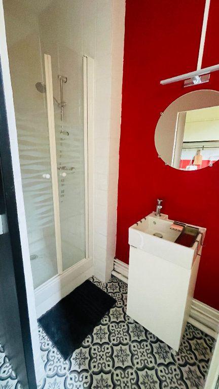 Appartement à louer 1 26m2 à Le Havre vignette-7