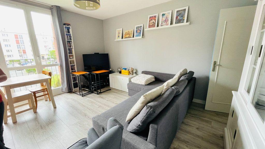 Appartement à louer 3 66.05m2 à Le Havre vignette-1