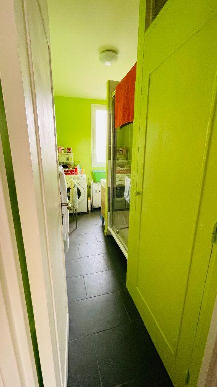 Appartement à louer 3 66.05m2 à Le Havre vignette-8