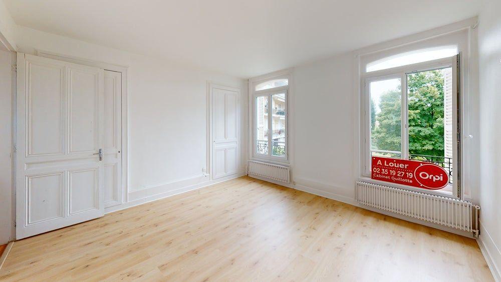 Appartement à louer 1 26m2 à Sainte-Adresse vignette-2