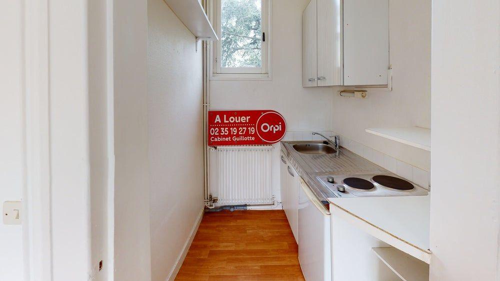 Appartement à louer 1 26m2 à Sainte-Adresse vignette-5