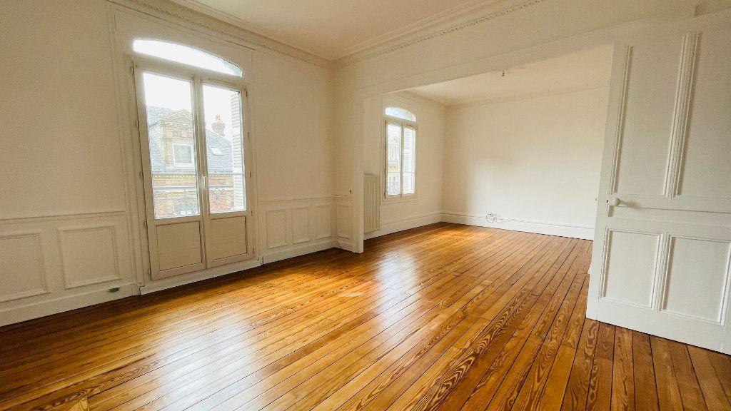 Appartement à louer 2 55.49m2 à Le Havre vignette-2