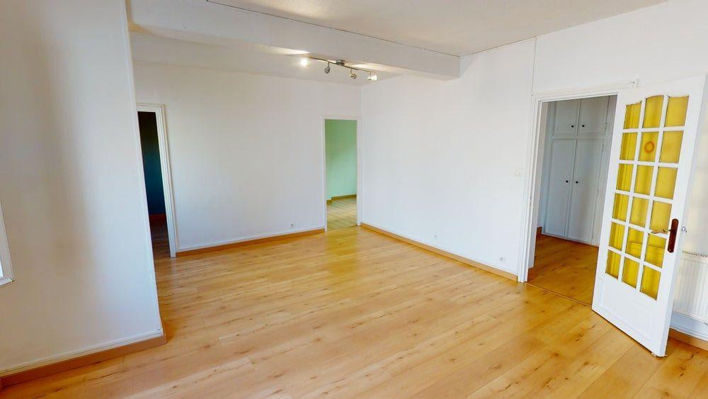 Appartement à louer 3 71m2 à Le Havre vignette-3