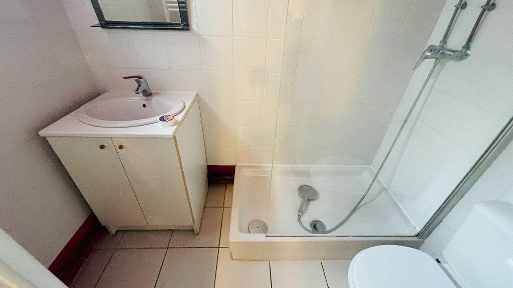 Appartement à louer 3 71m2 à Le Havre vignette-15