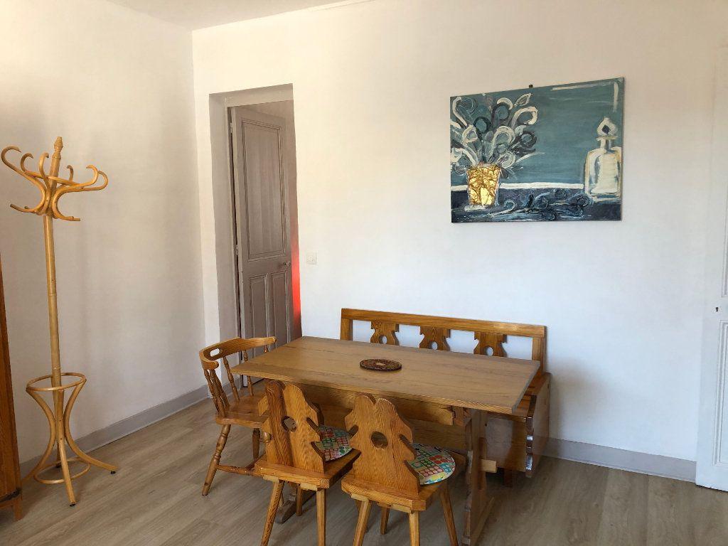Appartement à vendre 3 64m2 à Houlgate vignette-11