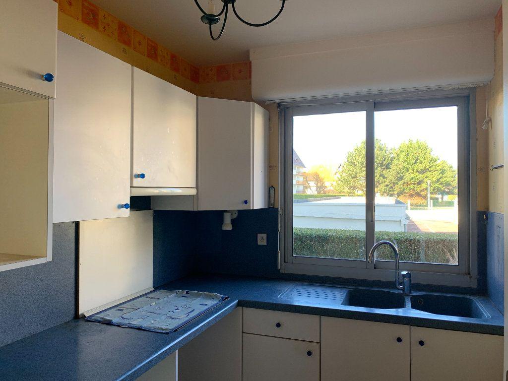 Appartement à vendre 3 52.17m2 à Houlgate vignette-4