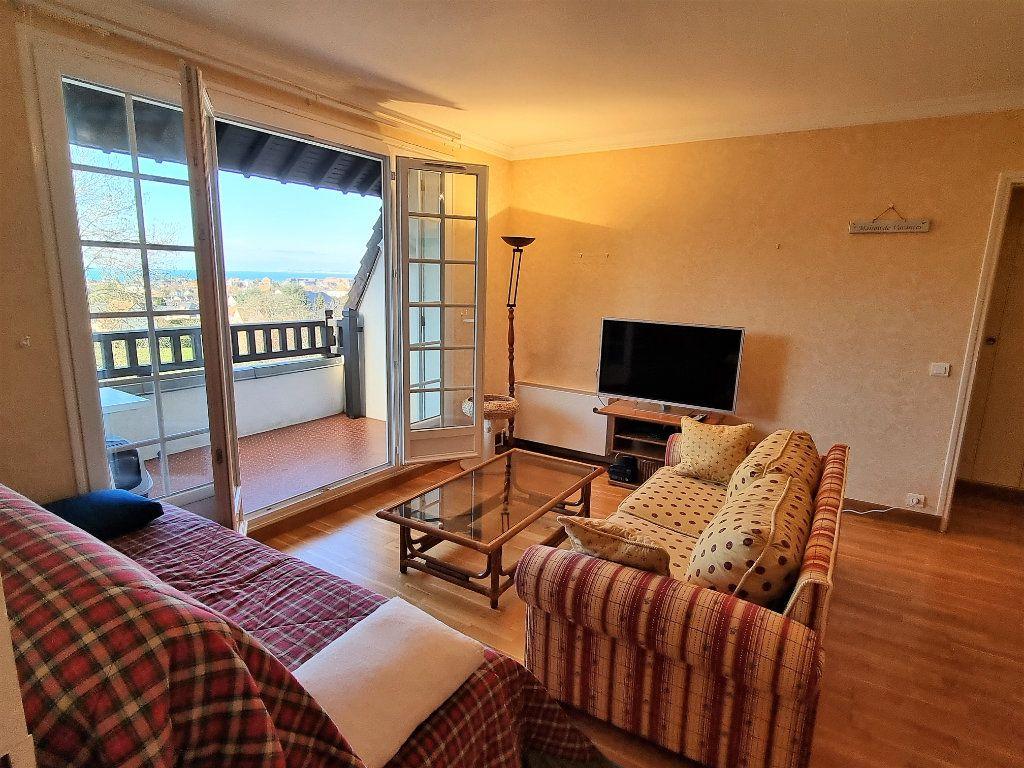 Appartement à vendre 3 60.83m2 à Villers-sur-Mer vignette-4