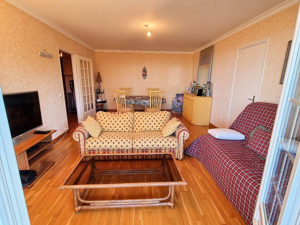 Appartement à vendre 3 60.83m2 à Villers-sur-Mer vignette-5