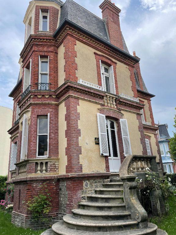 Maison à vendre 9 170m2 à Houlgate vignette-1