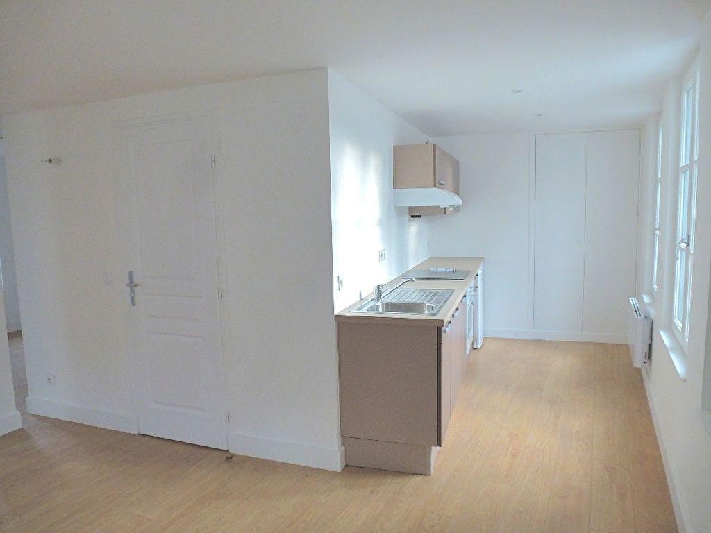 Appartement à louer 2 50.91m2 à Honfleur vignette-1