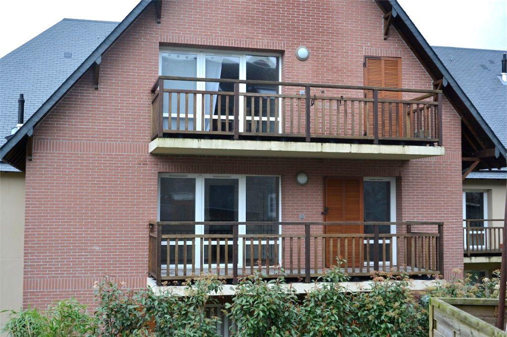 Appartement à louer 3 61.98m2 à Honfleur vignette-3