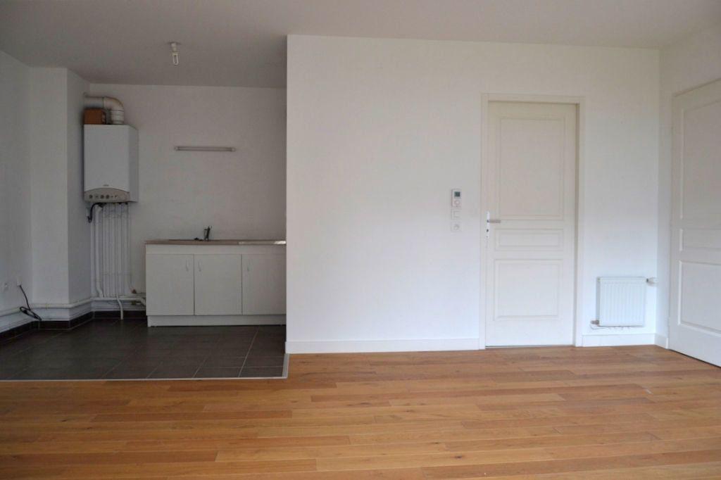 Appartement à louer 3 61.98m2 à Honfleur vignette-4