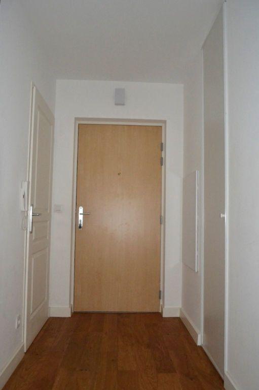 Appartement à louer 3 61.98m2 à Honfleur vignette-8