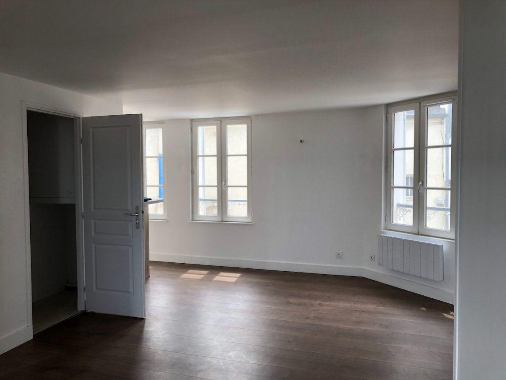 Appartement à louer 2 50m2 à Honfleur vignette-1
