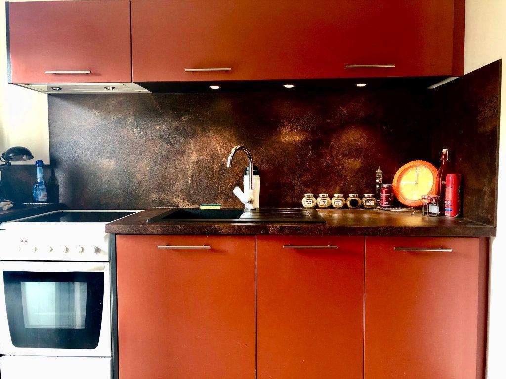 Appartement à vendre 3 65.2m2 à Honfleur vignette-4