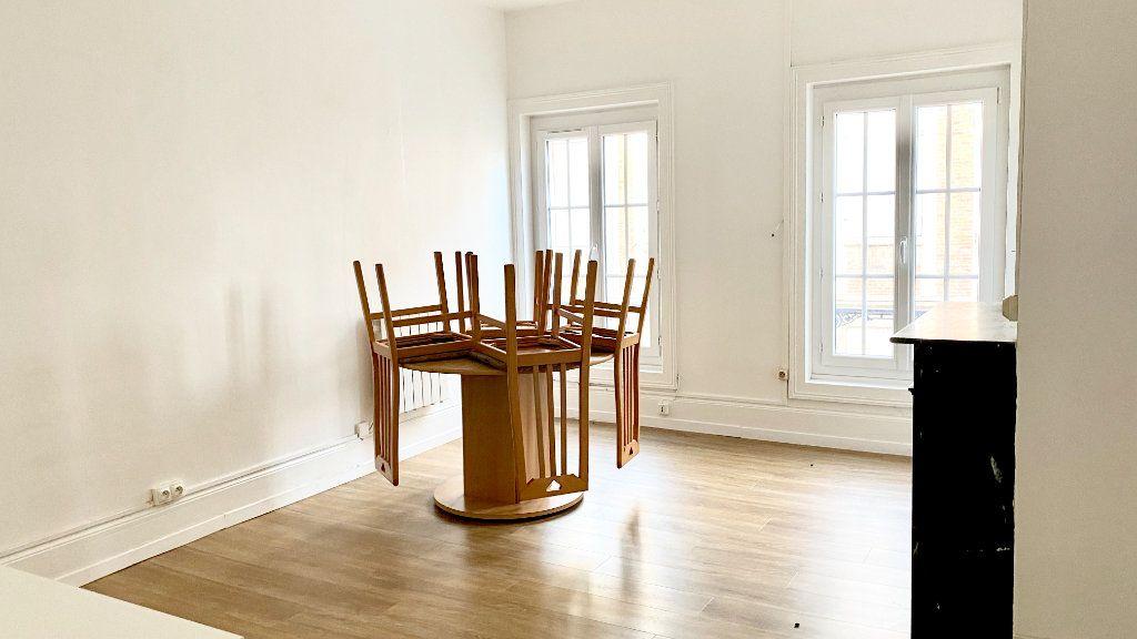 Appartement à louer 1 19m2 à Pont-Audemer vignette-1