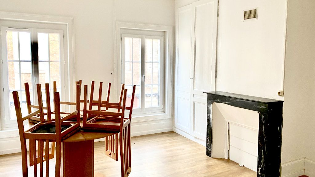 Appartement à louer 1 19m2 à Pont-Audemer vignette-4