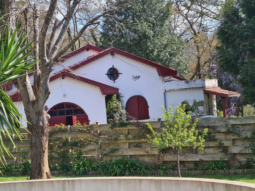 Maison à vendre 6 195m2 à Cambo-les-Bains vignette-3