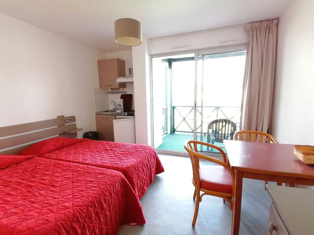 Appartement à louer 1 19.28m2 à Cambo-les-Bains vignette-1