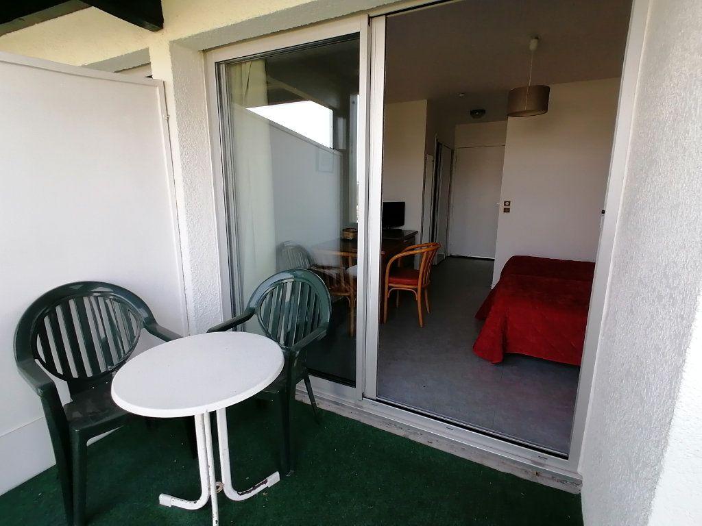 Appartement à louer 1 19.28m2 à Cambo-les-Bains vignette-2
