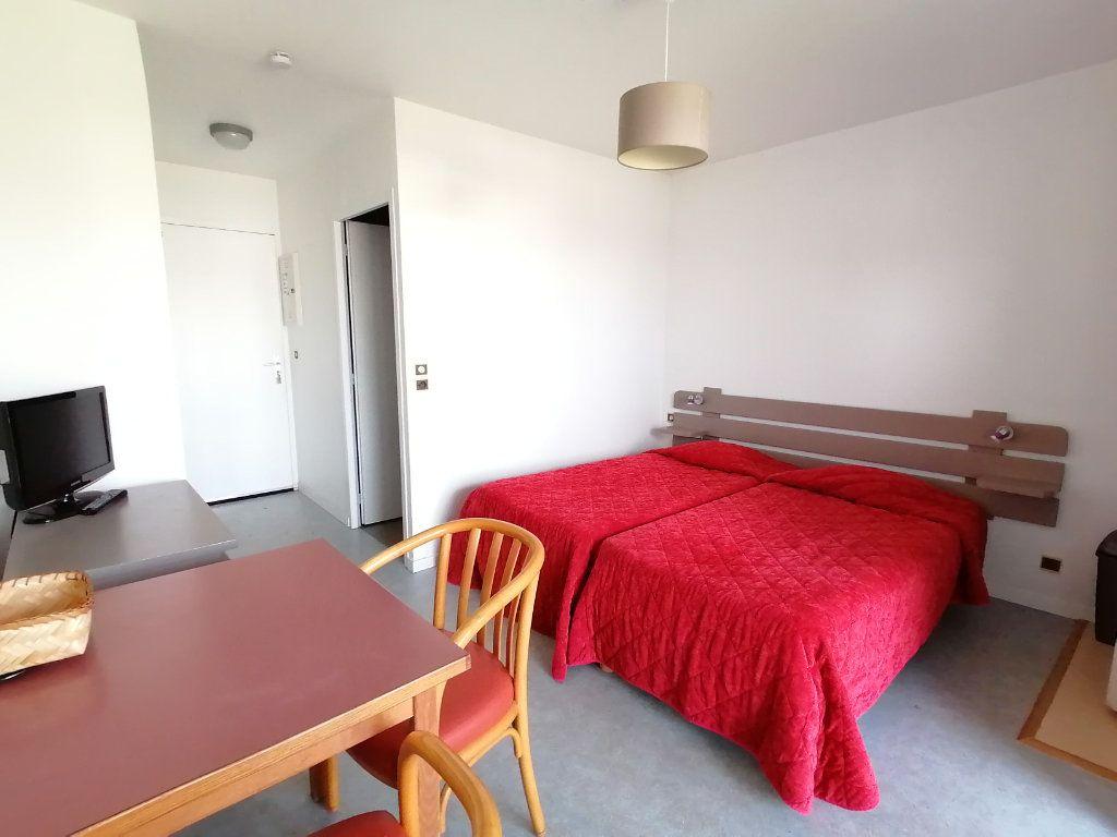 Appartement à louer 1 19.28m2 à Cambo-les-Bains vignette-4
