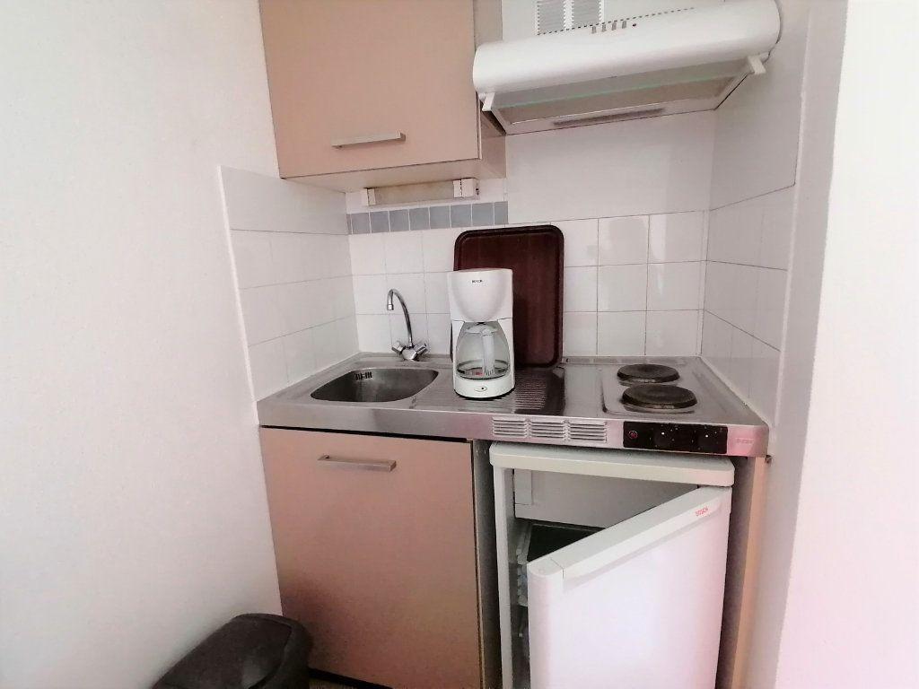 Appartement à louer 1 19.28m2 à Cambo-les-Bains vignette-6