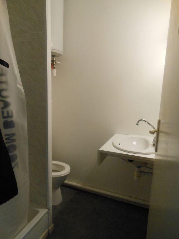 Appartement à louer 1 18m2 à Albi vignette-4