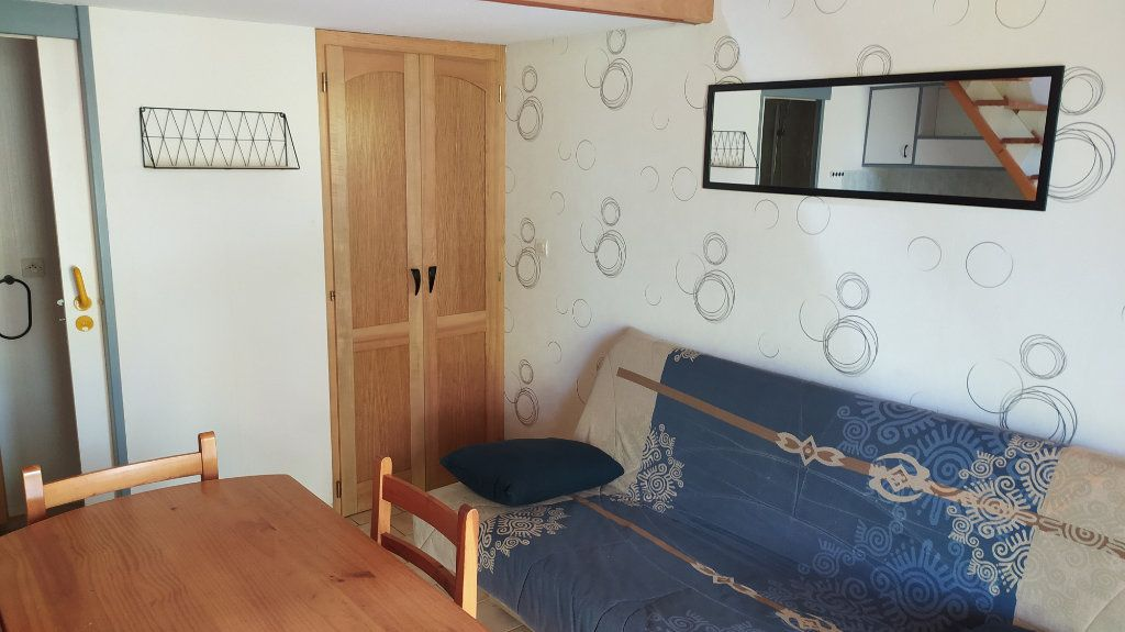 Appartement à louer 1 13m2 à Albi vignette-4
