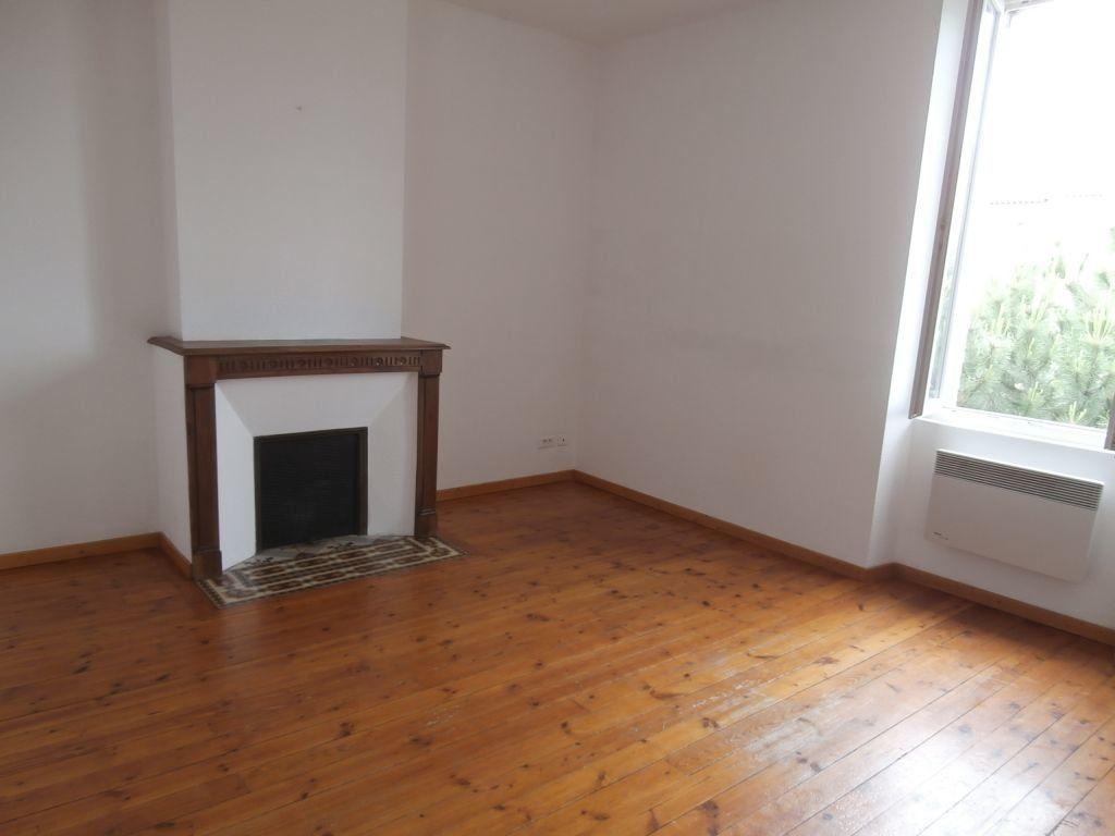 Appartement à louer 1 20m2 à Albi vignette-1