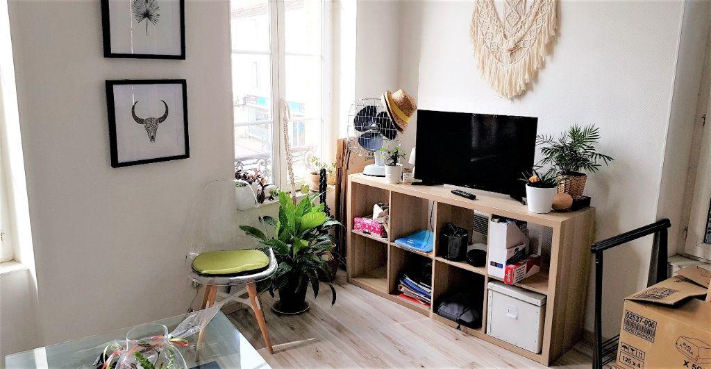 Appartement à louer 2 36m2 à Albi vignette-2