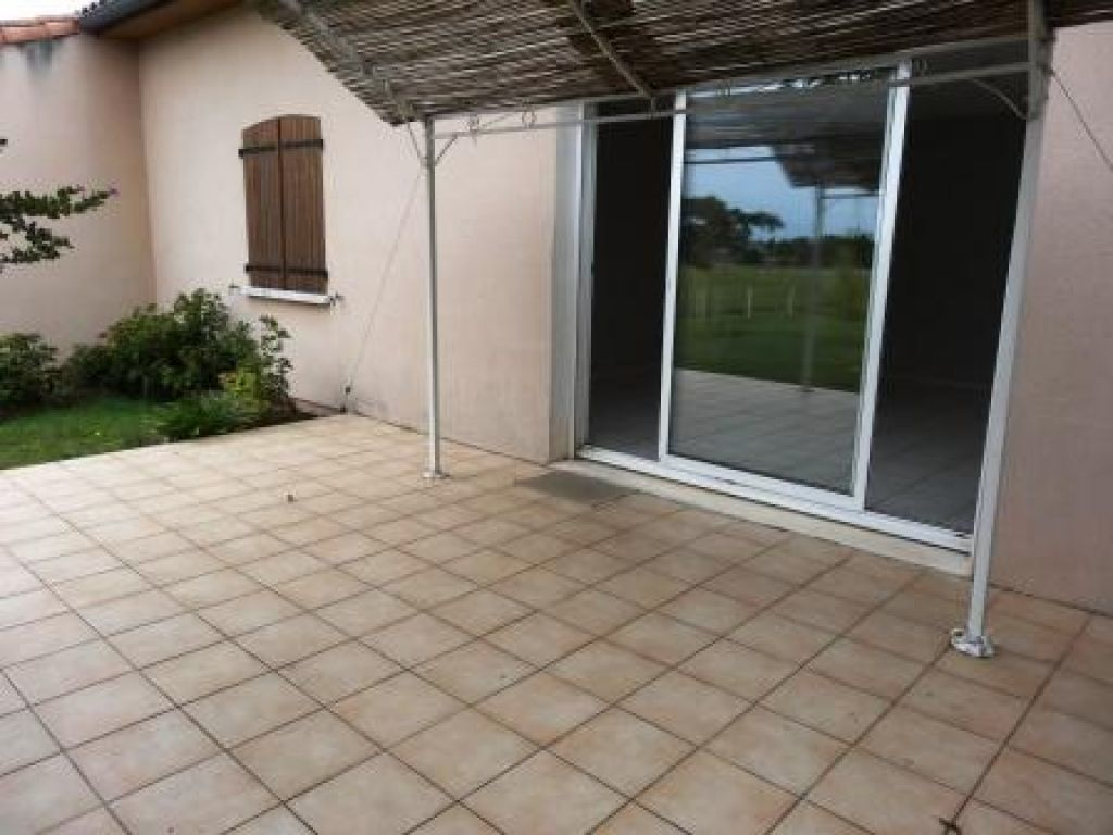 Maison à louer 4 109m2 à Marssac-sur-Tarn vignette-9
