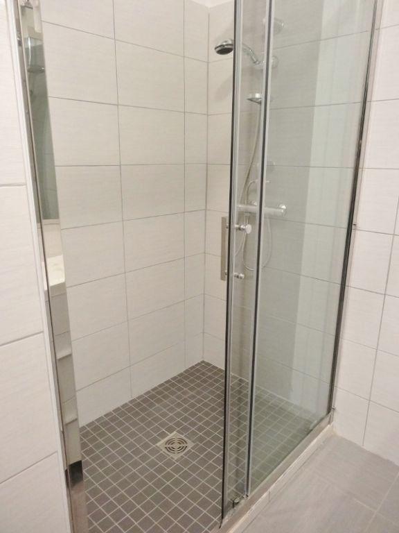 Appartement à louer 3 72m2 à Saint-Juéry vignette-5