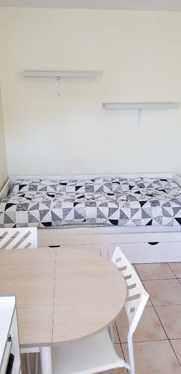 Appartement à louer 1 12m2 à Albi vignette-2