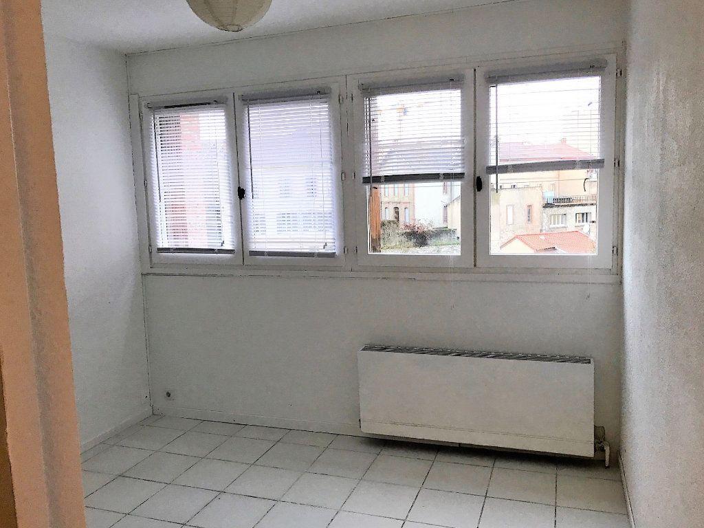 Appartement à louer 1 17.5m2 à Albi vignette-3