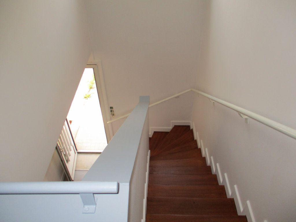 Appartement à louer 1 28m2 à Albi vignette-5