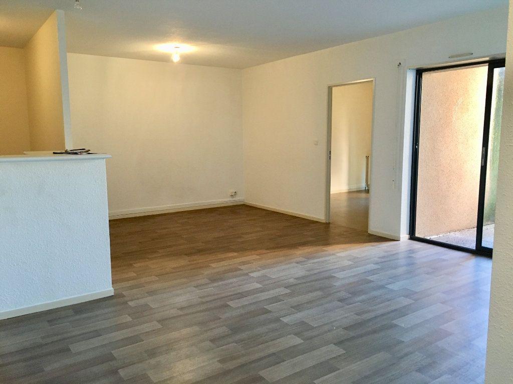 Appartement à louer 3 71m2 à Albi vignette-1