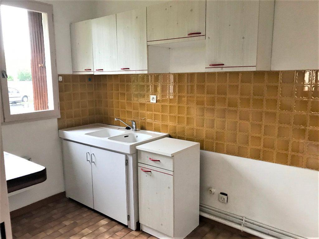Appartement à louer 2 45m2 à Albi vignette-4