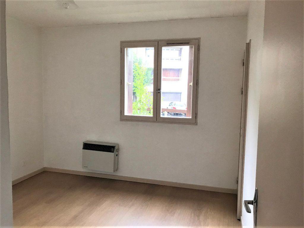 Appartement à louer 2 45m2 à Albi vignette-6