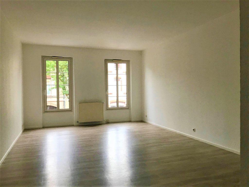 Appartement à louer 3 66m2 à Albi vignette-1
