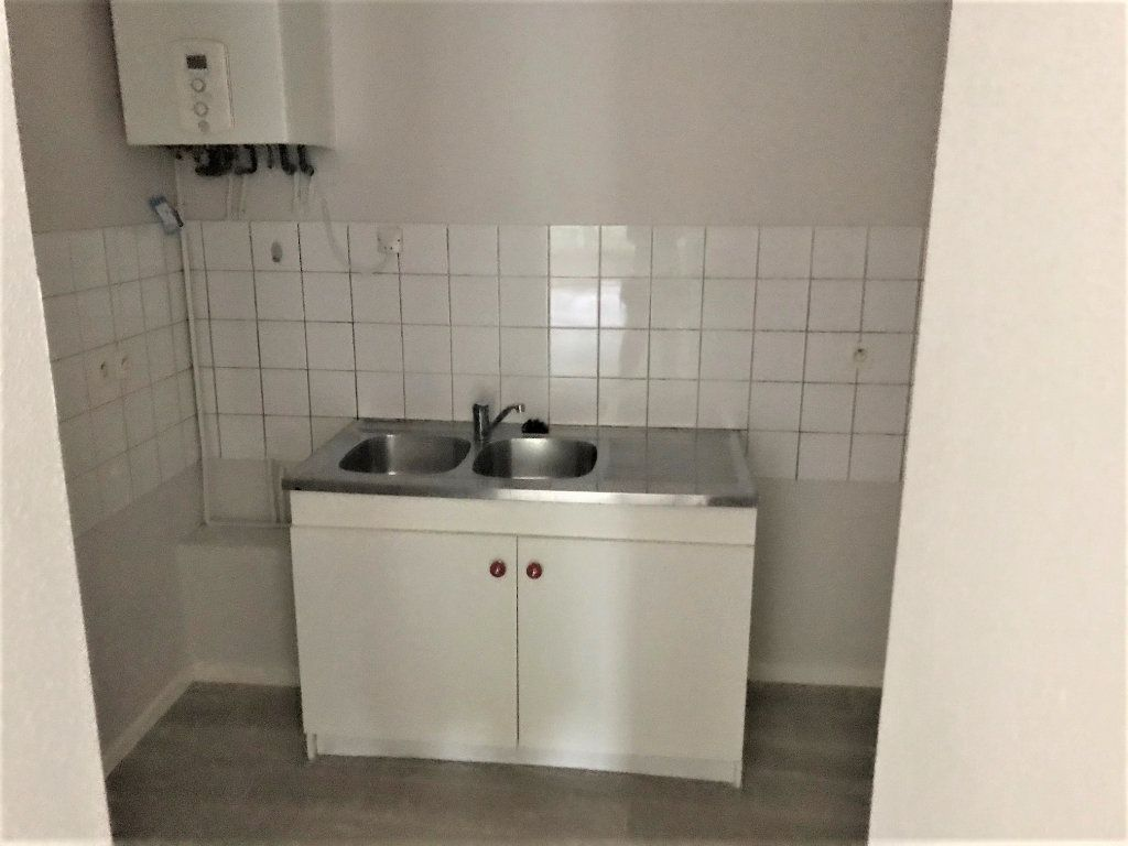Appartement à louer 3 66m2 à Albi vignette-3
